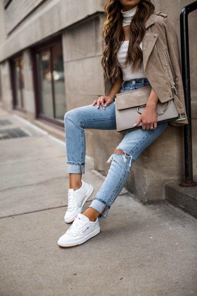 acceso Ondular pueblo  3 Ways to Style Sneakers This Season {fashion blogger mia mia mine wearing  reebok club c 85 tr… | White sneakers outfit, Sneaker outfits women, White  sneakers women