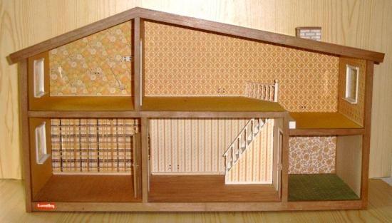 118 best images about maison poup e lunby on pinterest - Maison de poupee en bois a construire ...