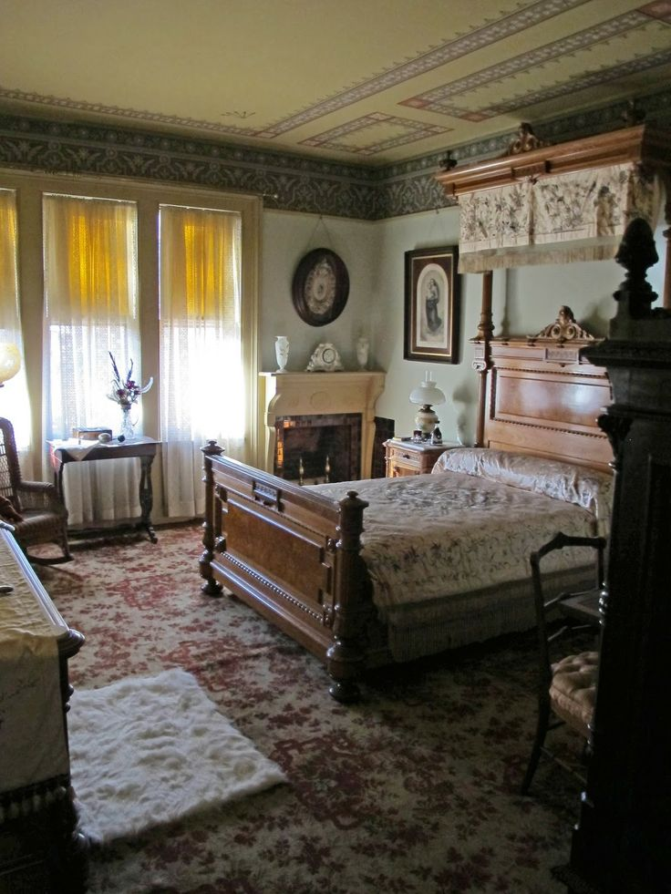 Best 25 Victorian Bedroom Decor Ideas On Pinterest