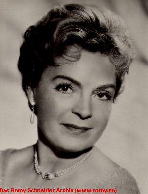 Magda Schneider 17.5.1909-30.7.1996  Sissi, Wenn der weiße Flieder wieder blüht – Alexandra Schölzig