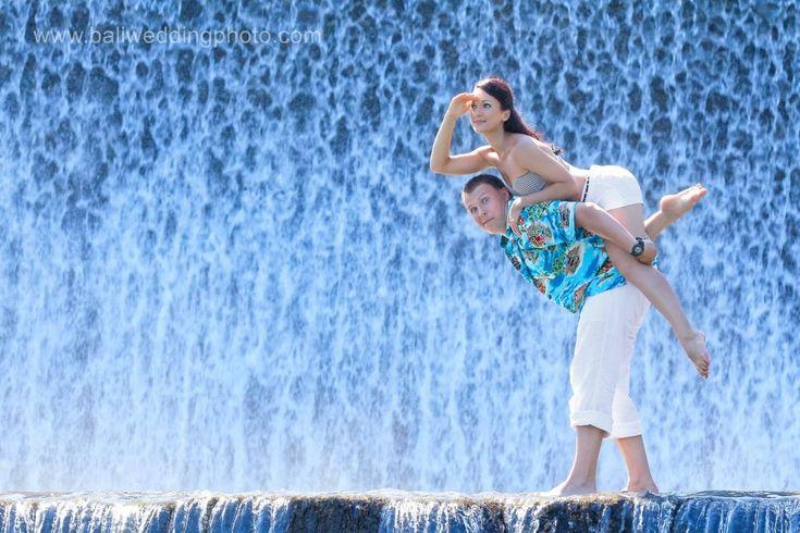 Bali Pre Wedding Photos at Tukad Unda - Klungkung Dam