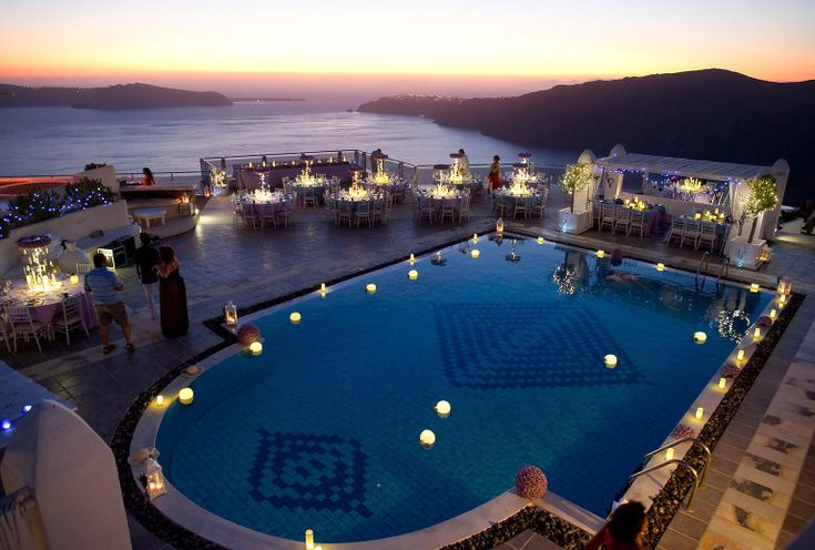 Wedding decorations in rocabella hotel in Santorini #Rocabellahotel #santoriniwedding