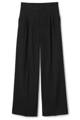 <p>The Iris Trousers are a pair wide pants�with loose-fitted legs and pleats at waist for a neat look. The waist is elasticated at the back for a comfortable fit.</p><p>- Size�38 measures 74 cm in waist circumference when relaxed and 80 cm when extended. The inseam measures �74,50 cm in length.</p>