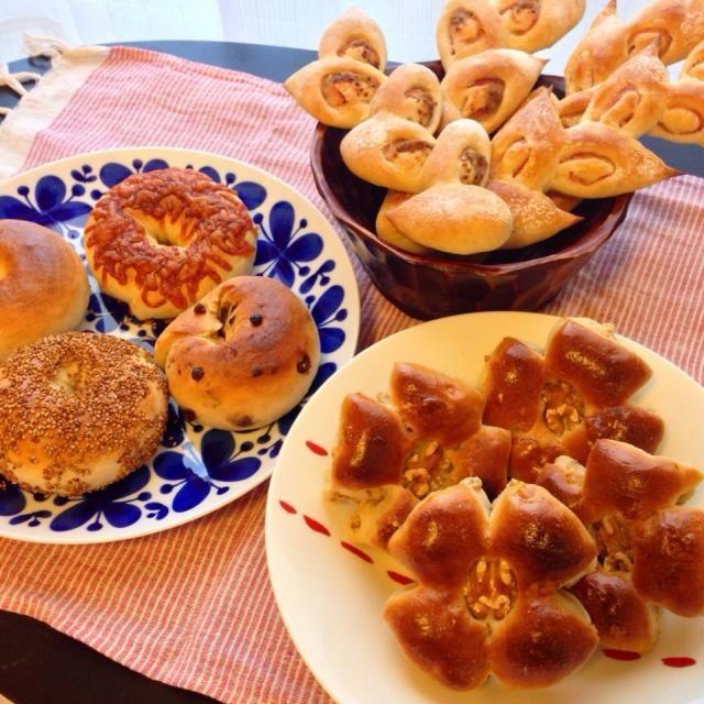久しぶりにパンを焼きました! - 36件のもぐもぐ - くるみパン・ベーグル4種・エピ2種 by mi0719