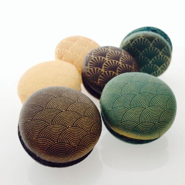 Custom Macarons by Swallow My Words. www.SwallowMyWords.com