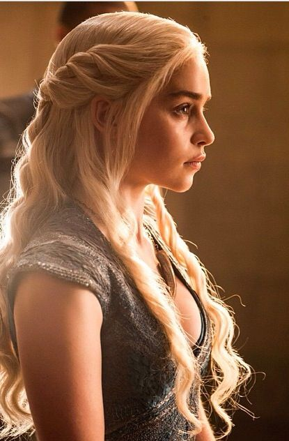 Daenerys Targaryen. Season 4 Love her hair, and costumes<3 Also shes pretty much mu fave.