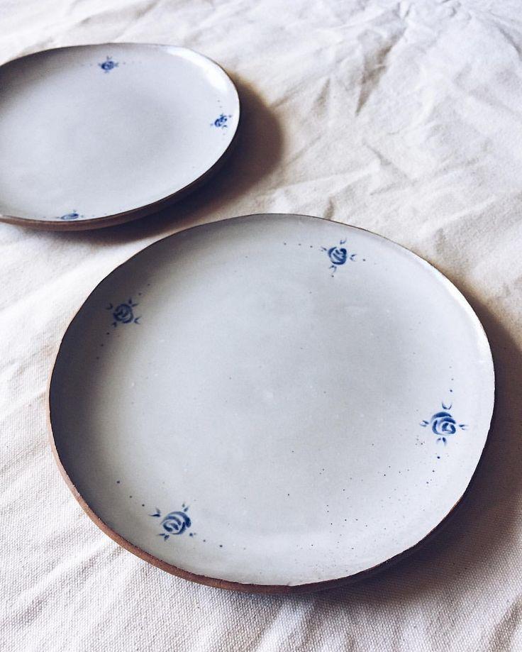 BDB Rose pattern stoneware plates