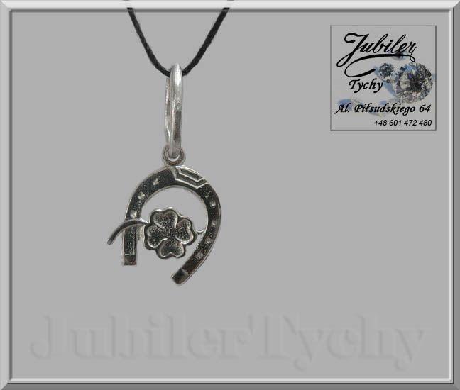 Srebrny wisiorek - podkowa +  Czterolistna koniczyna 💎🎁💥 #Srebrny #wisiorek #podkowa #czterolistna #koniczyna #Srebro #Ag925 #srebrne #wisiorki #srebrna #biżuteria #jubilertychy #Silver #Jubiler #Tychy #Jeweller #Tyski #Złotnik #Zaprasza #Promocje : ➡ jubilertychy.pl/promocje 💎