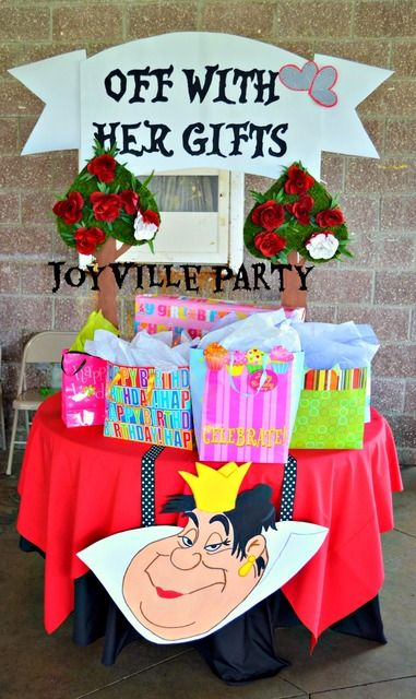 Fun Alice in Wonderland Party. See more party ideas at CatchMyParty.com. #aliceinwonderland #partyideas