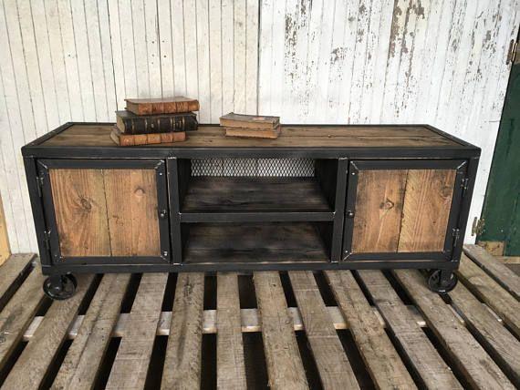 les 25 meilleures id es de la cat gorie meubles en acier sur pinterest acier bois table en. Black Bedroom Furniture Sets. Home Design Ideas