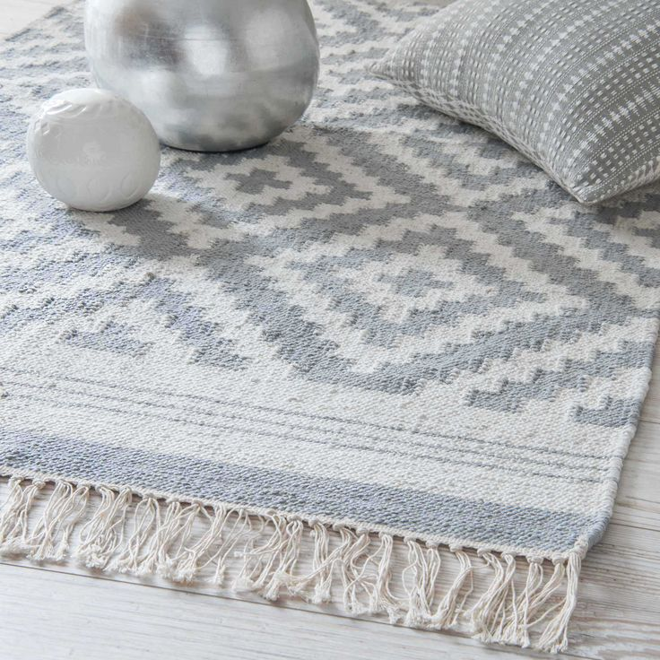NAVAJO grey cotton rug with jacquard motifs 90 x 150 cm