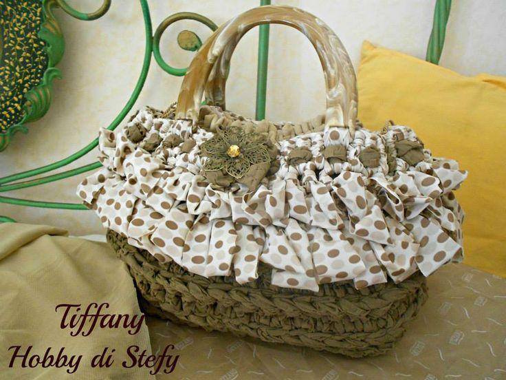(8) Le borse in fettuccia di Stefy