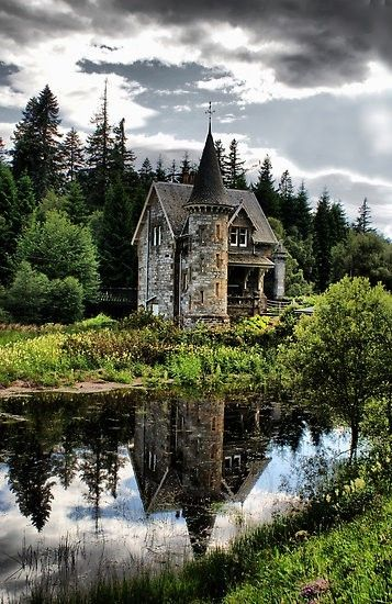 Ardverikie Estate, Kinloch Laggan, Inverness-shire, Scotland, UK. I love how it's tucked away from everything. And with the water in front of it. It's so gorgeous!