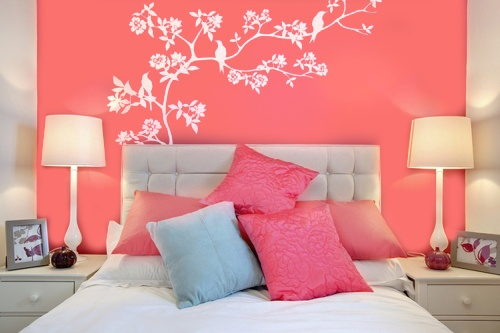 I think I would like a little bit deeper coral, but this is the inspiration for my guest bedroom... :) I'm going to add tans in there too though.