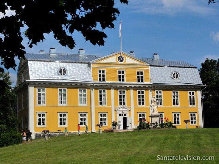 Mansão Svartå (Mustion Linna) na cidade de Raaseborg, no Sul da Finlândia.