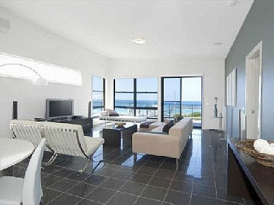 Beachfront penthouse apartment - Mollymook - $2200/week - 3 bedrooms