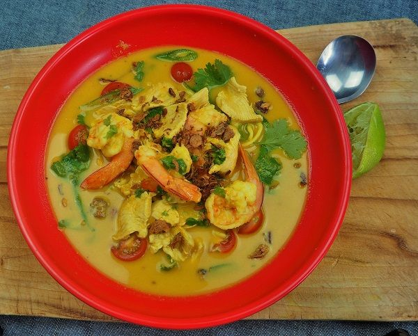 Coconut Chicken and Prawn Laksa made in the Soup Maker