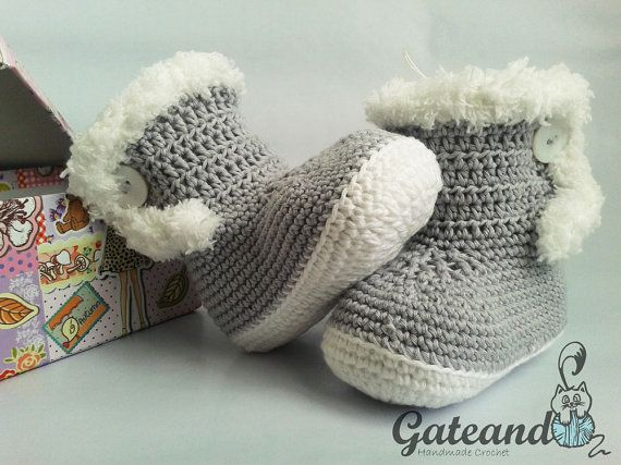 Botas Crochet de Invierno por GateandoCrochet en Etsy / Baby Booties Crochet Winter by Gateando Crochet in Etsy