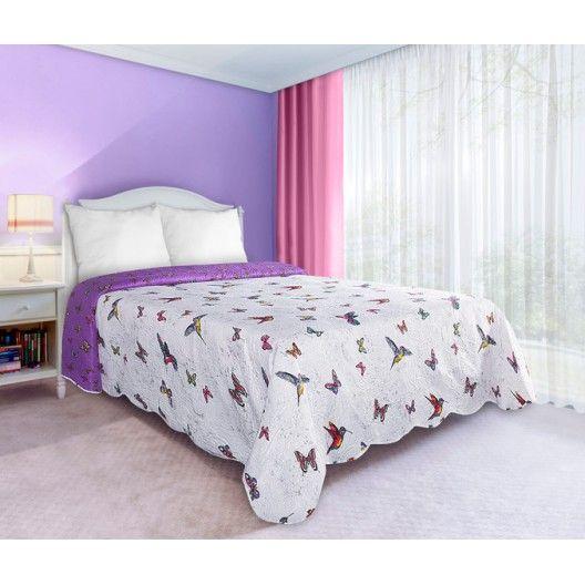 Oboustranné bílo fialové přehozy na manželskou postel s motivem barevných motýlů - dumdekorace.cz
