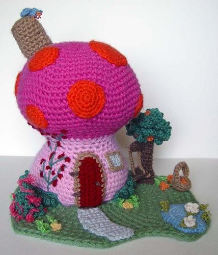 Mushroom House fanfreakintastic!!!!!!