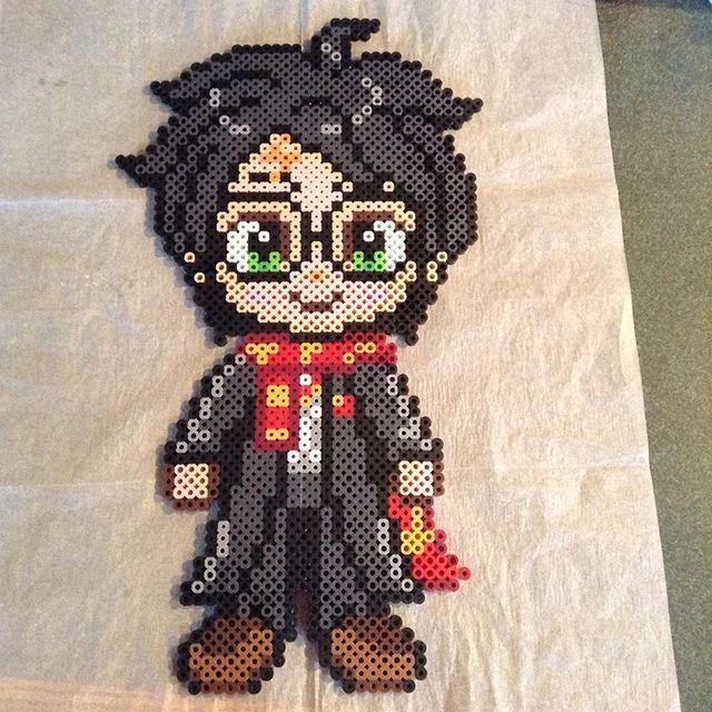 Harry Potter perler beads by  lizdejesus23 (original pattern by geekmythologycrafts)