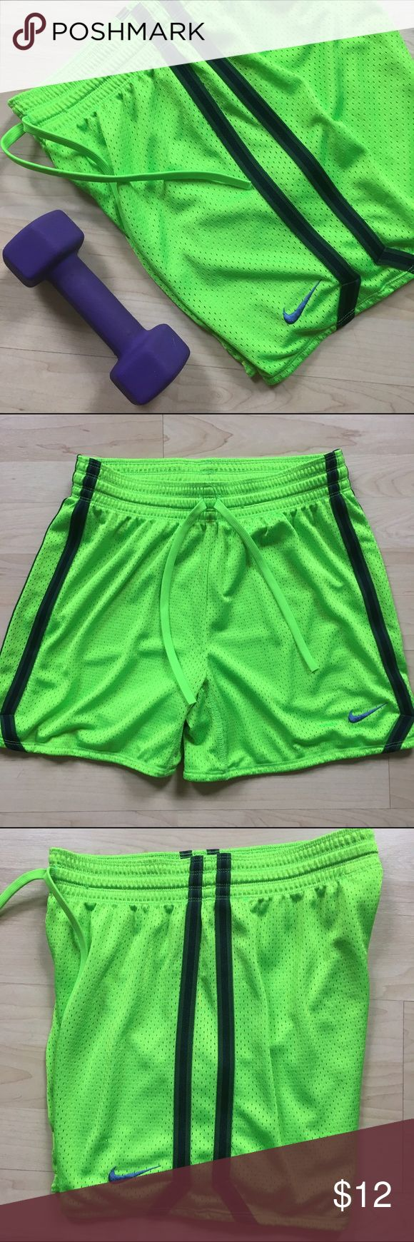 💚 Neon Green Nike Workout Shorts Cute shorts to wear at the gym! The stripes on the side are dark green and a dark navy blue. In excellent condition! Nike Shorts
