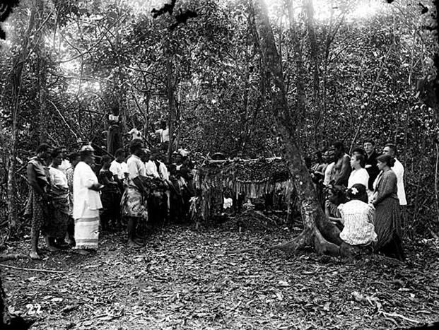 Burial and grave of writer Robert Louis Stevenson on Mt Vaea in Samoa, by Thomas Andrew, 1894 [621 × 467]