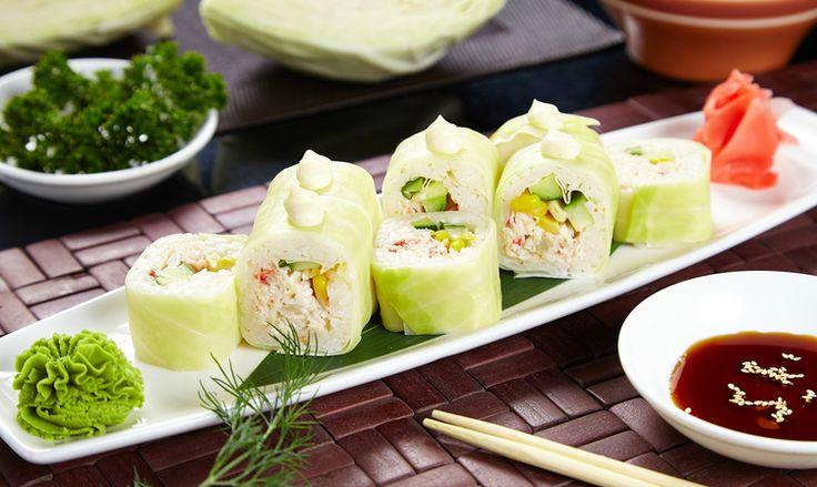 rulouri sushi, vegetarian, wasabi, varza, umplutura si sos