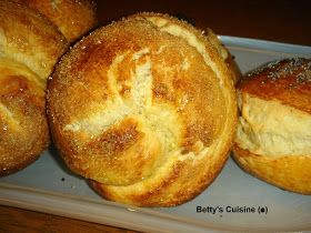 Betty's Cuisine: Τσουρεκάκια ατομικά