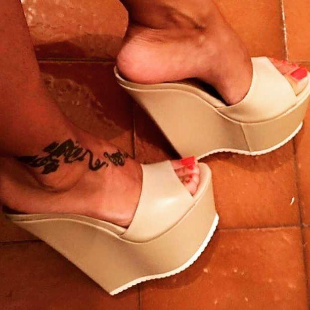#pasionporloszapatos #zuecos #taconazos