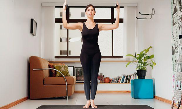 Pilates em casa: quatro exercícios para fortalecer os braços e prevenir a flacidez - Fitness - MdeMulher - Ed. Abril