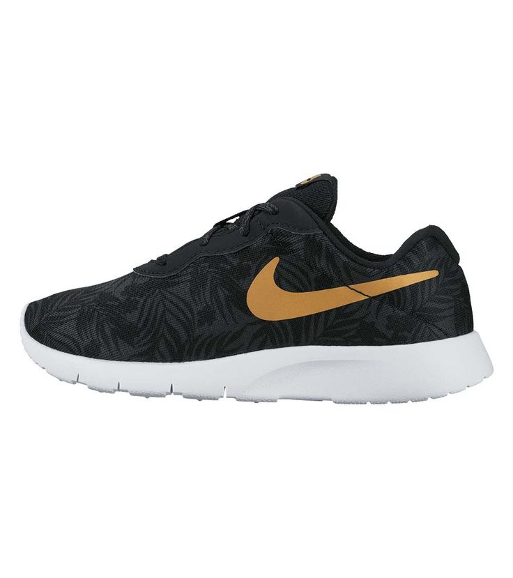 nike tanjun black with gold