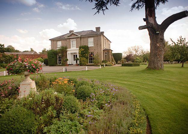 Top Essex Wedding Venues - Fennes | CHWV