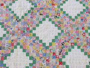 Outstanding vintage 1930 postage stamp irish chain quilt top
