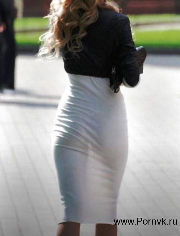 Для мобильной фото девок в просвечивающей одежде трахается мужем жена