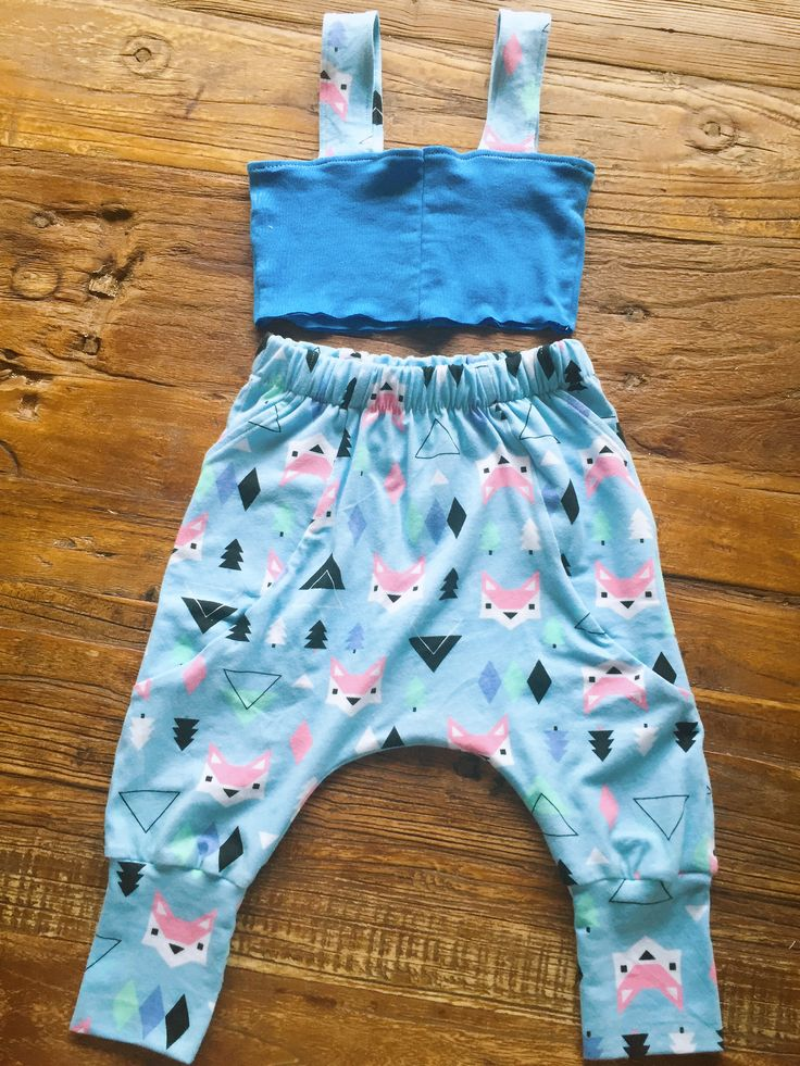 Baby Kids Little Fox Printed Cotton Lycra Knit Fabric     Be the first to write a review.