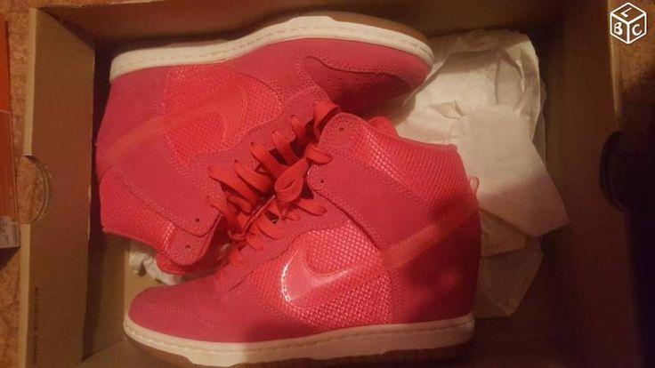 basket Nike montante compensée femme