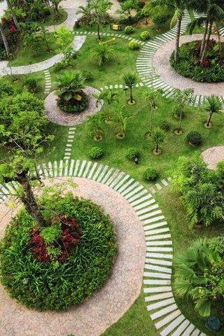 Tuin die bestaat uit diverse ronde vormen #garden