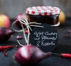 Chutney selbermachen: Apfel-Chutney mit Pflaumen und Zwiebeln | schmecktwohl
