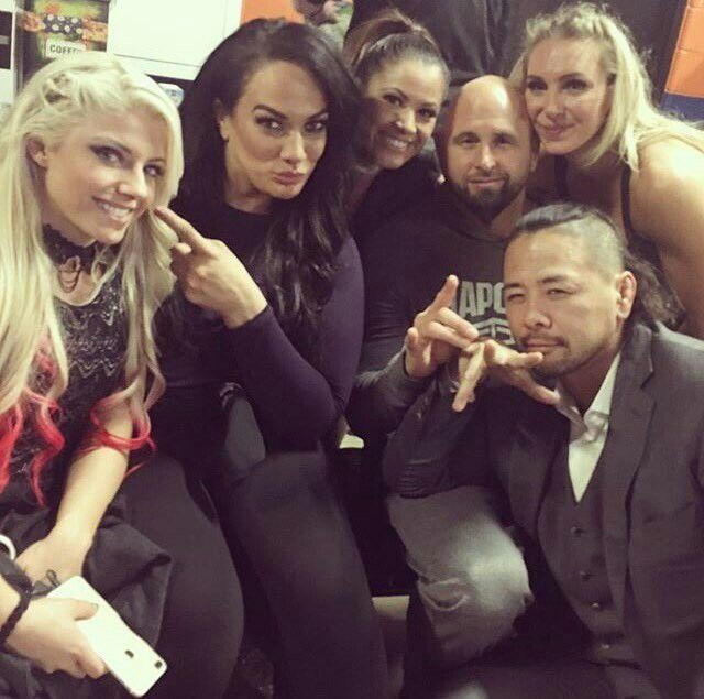 Alexa Bliss, Nia Jax, Mickie James, Luke Gallows, Charlotte, Shinsuke Nakamura
