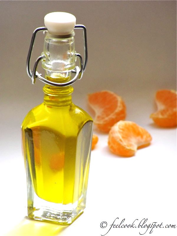 Amo particolarmente il profumo dei mandarini tardivi, quell'energia frizzante che emana e che ricorda le fredde giornate di fine inve...
