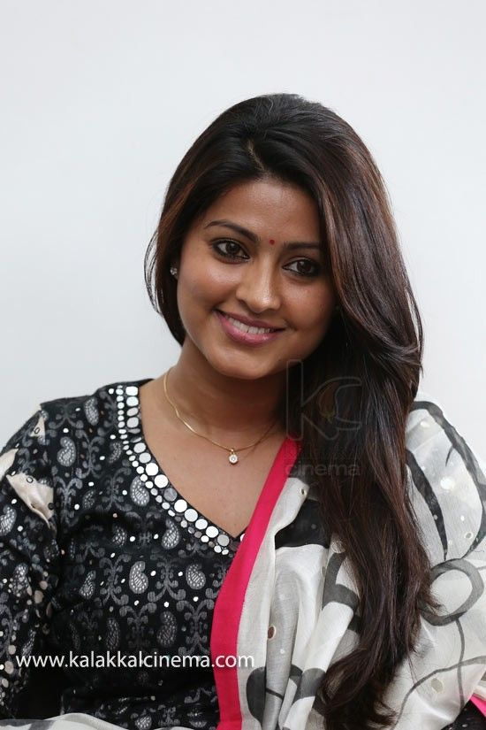Sneha Special Photos - http://www.kalakkalcinema.com/tamil_events_detail.php?id=6992&imgid=Actress%20Sneha%20Special%20Gallery%20%2820%29-01.jpg