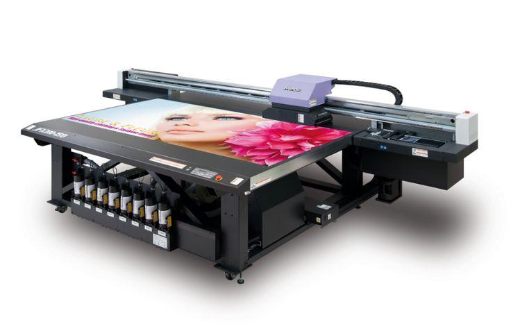 JFX200-2513: Uygun maliyetli, yüksek performanslı flatbed UV LED baskı makine…