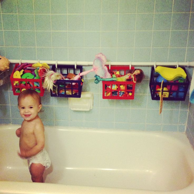To remember for the future!! Bath toy storage solution for $10! I'm gonna make this a DIY tonight!!