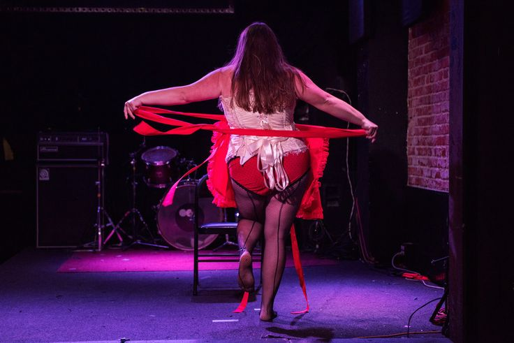 Like this photo, which was taken while I was desperately trying to escape from my apron prison. | I'm A Plus-Size Woman, And I Learned How To Do Burlesque In 30 Days