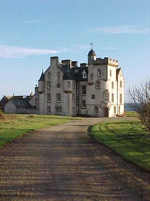 ༺❀༺The 1755 New Keiss House, Caithness, Scotland. Rebuilt into its current form by David Bryce in 1860. Located just yards from the ruins of Keiss Castle. The castle is privately owned.