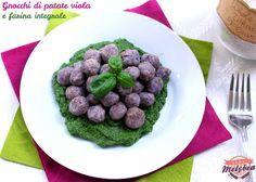 Gnocchi di patate viola con farina integrale. Purple potato gnocchi with whole wheat flour. #foodporn