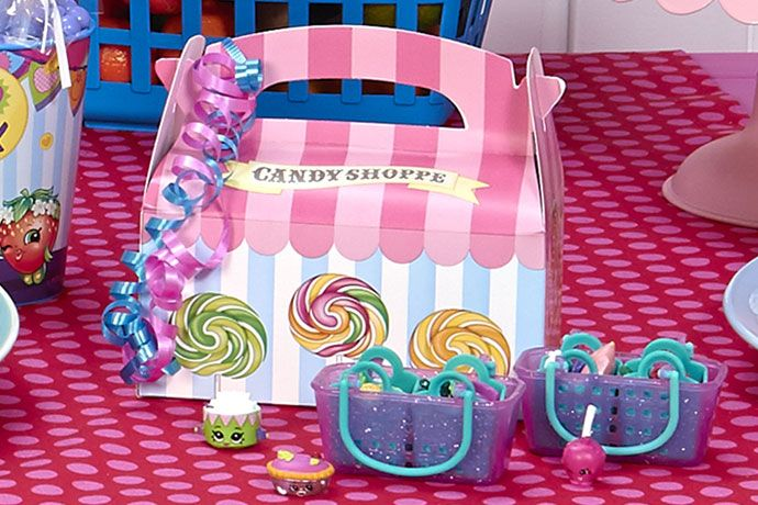 After your child's birthday bash comes to an end, send each guest home with an adorable Shopkins themed party favor pack as a thank-you for attending! These boxes come pre-filled with fun Shopkins themed treats and toys. These colorful packs double as great centerpieces while your party is still in full swing.