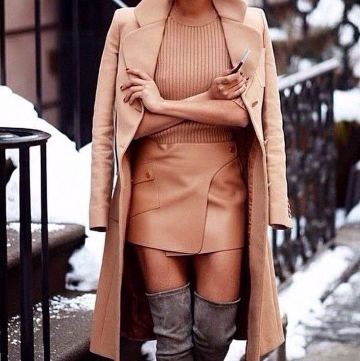 Perfect tan outfit.
