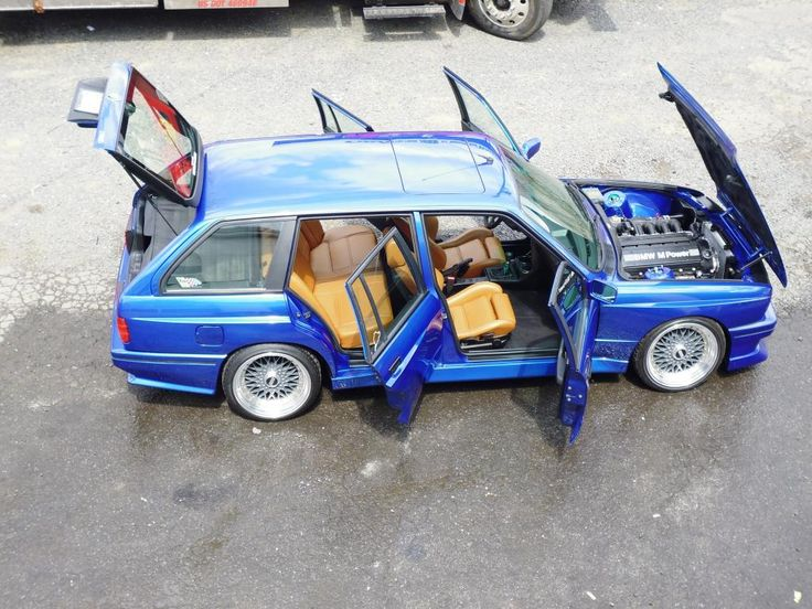 A 1991 E30 BMW M3 Touring is up for sale and judging by the current bid, it will sell quite high for a 23 year old car.